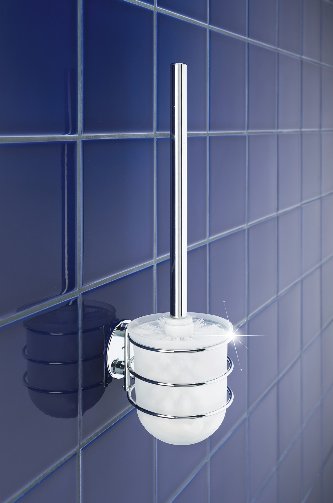 Wenko Turbo-Loc® WC-Garnitur, Befestigen ohne bohren