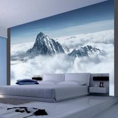 Artgeist Fototapete - Bergspitze in den Wolken