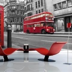 Artgeist Fototapete - Londoner Telefonzelle und ein roter Bus
