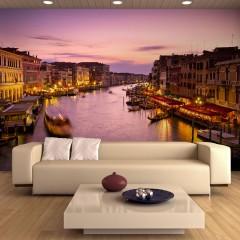 Artgeist Fototapete - Venedig: Stadt der Verliebten bei Nacht