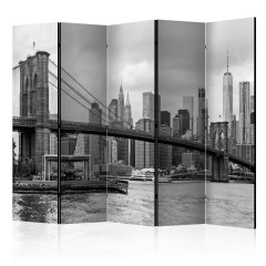 Artgeist 5-teiliges Paravent - Road to Manhattan (Black and White) II [Room Dividers]