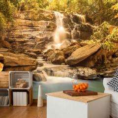 Selbstklebende Fototapete - Sunny Waterfall