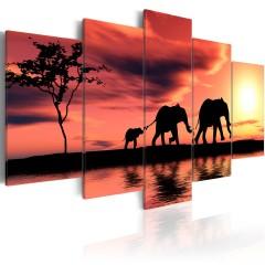 Artgeist Wandbild - Kleine Elefanten-Familie