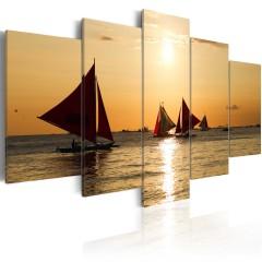 Artgeist Wandbild - Segelboote beim Sonnenuntergang