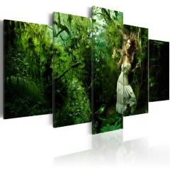 Artgeist Wandbild - Verloren im tiefen, grünen Wald