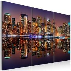 Artgeist Wandbild - New York im Wasserspiegel